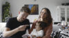 Auteurs Anouk Schleiffert en Sander Hesterman met dochter Kaya hebben nieuwe ouders hun eerste kinderboek prentenboek geschreven voor nieuwe ouders baby peuter kleuter pre-sale