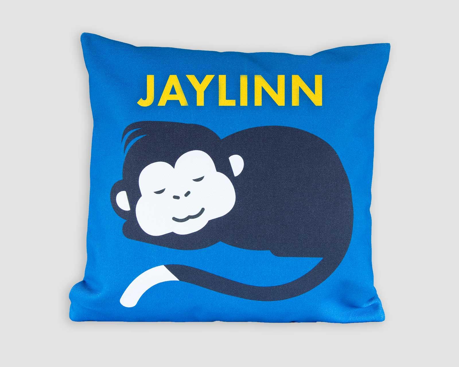 Kussenhoes gepersonaliseerd kraamcadeau met naam aapje blauw